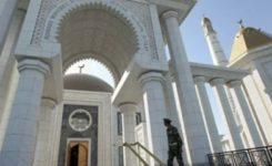 Türkmenistan'da Camiler Cuma ve Teravih Namazlarında Açık Olacak