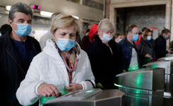 Moskova'da Korona Virusu Salgını Tedbirleri Kapsamında Binlerce Kişinin Metro Kartları İptal Edildi